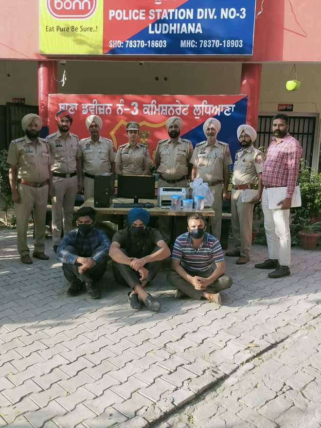 3 engineers held for posing as IT sleuths to loot house in Ludhiana
