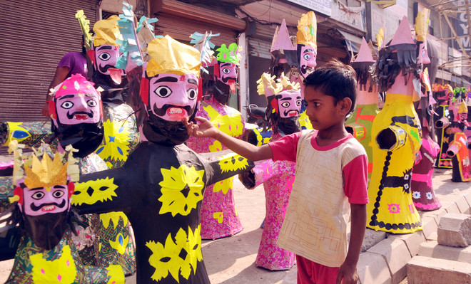 Restricted celebrations, low demand hit effigy makers this Dasehra