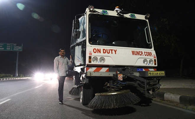 Mechanised Sweeping: Despite expiry of contract, company to continue work
