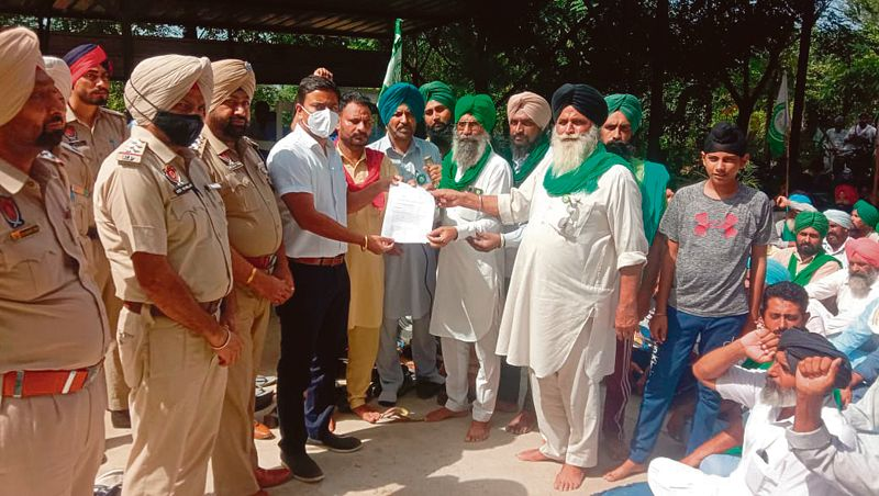 Farmers seek justice for Lakhimpur Kheri incident victims, hold protests