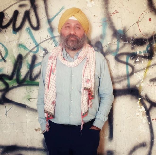 Author Amardeep Singh retraces travels of Guru Nanak on cam