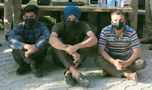 Wanted to become rich in short span of time: Accused engineers