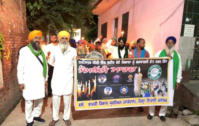 Lakhimpur Violence: Farmers hold candle march in Jalandhar
