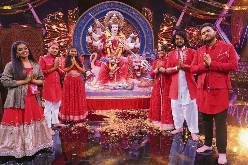 A gala affair: Get set for a Shaandaar Navratri Night on Sony TV with  Aditya Narayan and Sugandha Mishra