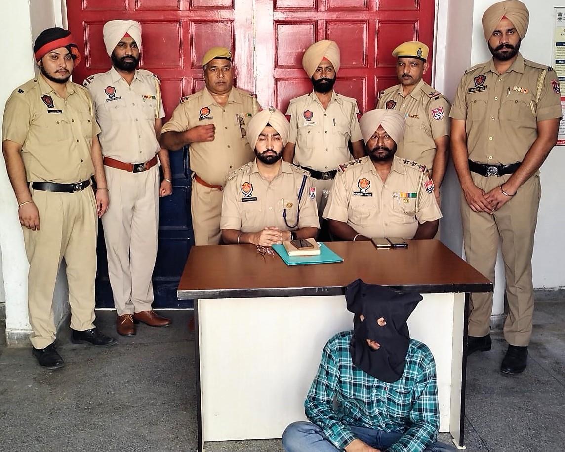 Murder case of Mukerian-based AEO cracked, 1 held