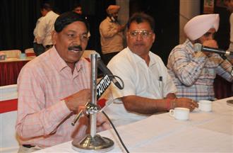 Jalandhar Mayor postpones House meeting as 2 councillors couldn't study agenda!