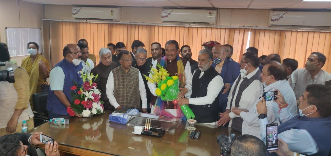 Vijay Sampla assumes charge of Chairman of National Commission for Scheduled Castes