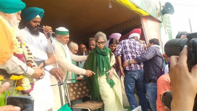 Mahatma Gandhi's granddaughter visits farmers' protest site in Ghazipur