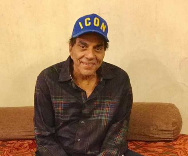 'Chaahat ka haqdaar, main nahin': Dharmendra talks about feeling 'sad'; leaves fans concerned