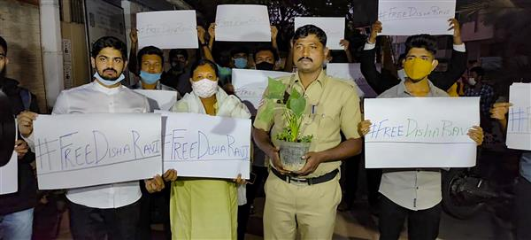 Politicians, actors, influencers across the globe condemn arrest of activist Disha Ravi
