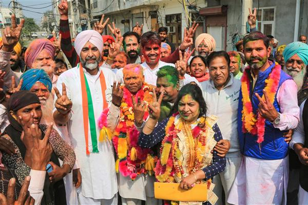 Cong makes clean sweep