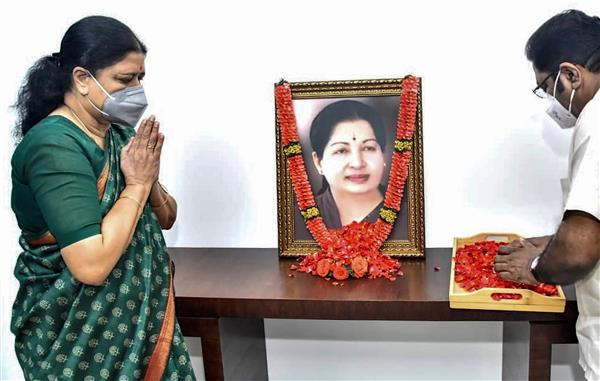 Expelled AIADMK leader Sasikala says will be involved in active politics