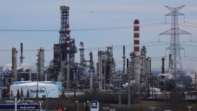Texas freeze led to release of tons of air pollutants as refineries shut