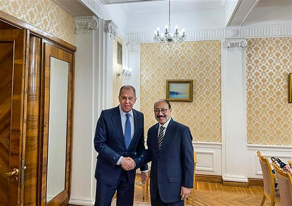 India pitches for expanded ties with Russia