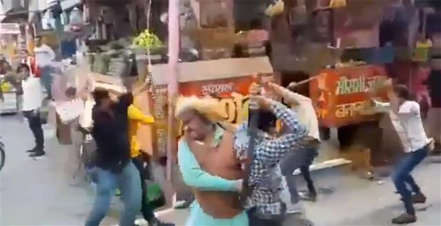 Business rivalry led to 'chaat' brawl in Baghpat