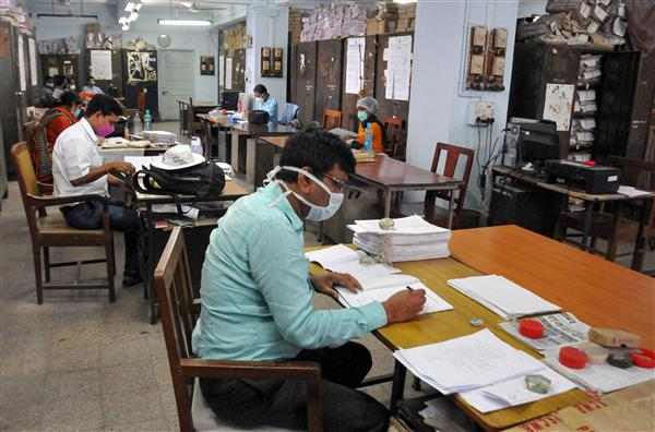 All central government employees to attend office on working days: Personnel Ministry