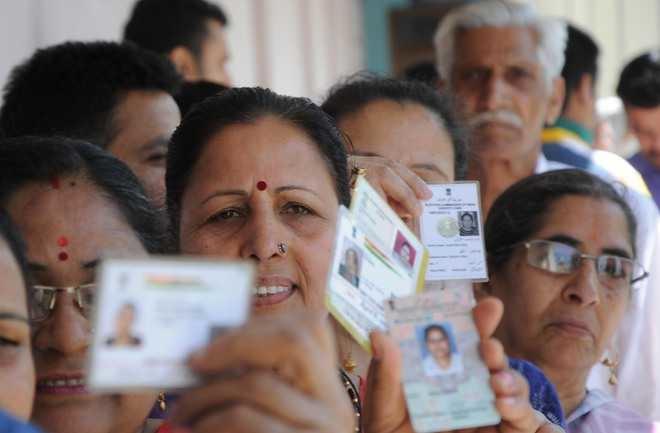 ईआईयू के लोकतंत्र सूचकांक में भारत 53 वें स्थान पर है: