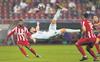 Acrobatic Giroud gives Chelsea 1-0 win