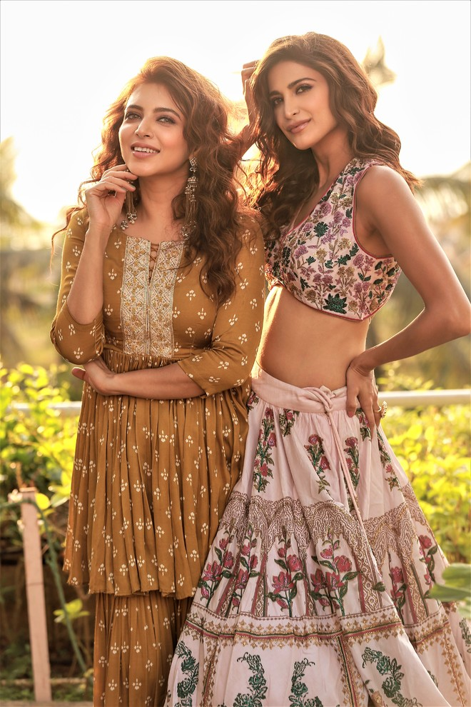 Neha Adhvik Mahajan collaborates with Aahana Kumra