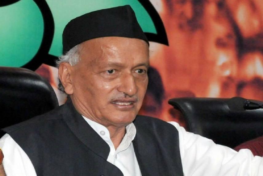 Recall Governor, Shiv Sena urges Centre