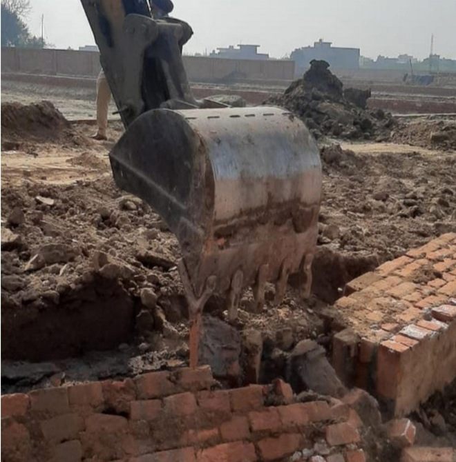 MTP wing demolishes illegal colony