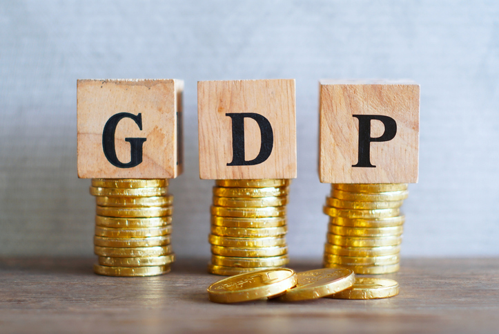 S&P forecasts India's GDP growth at 10% in FY22