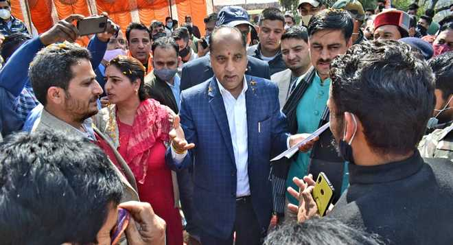 Gear up for MC elections, CM asks BJP workers in Mandi