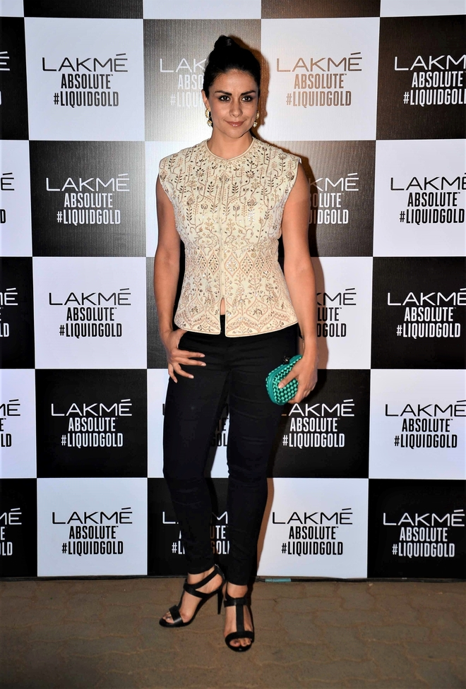Actor Gul Panag says celebrities don't open up on issues as they fear reprisals
