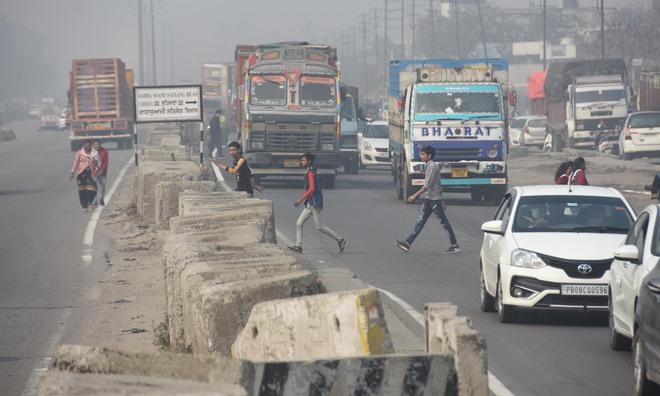 Need to streamline traffic at Tajpur Chowk