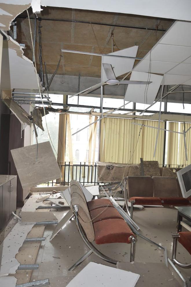 False ceiling at MC complex falls, 1 hurt