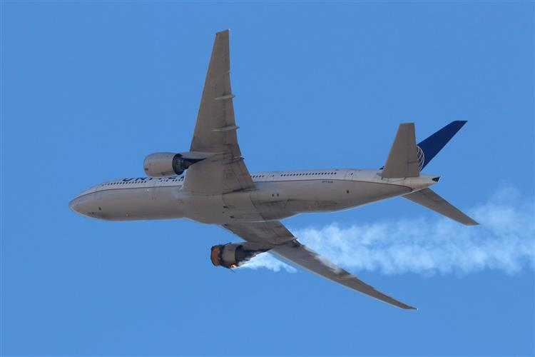Boeing wants 777s grounded after Denver engine failure