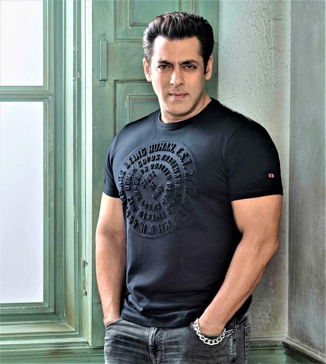 Salman Khan lends his voice for upcoming show Bawara Dil