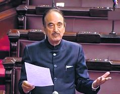 Speculation rife on govt office for Ghulam Nabi Azad