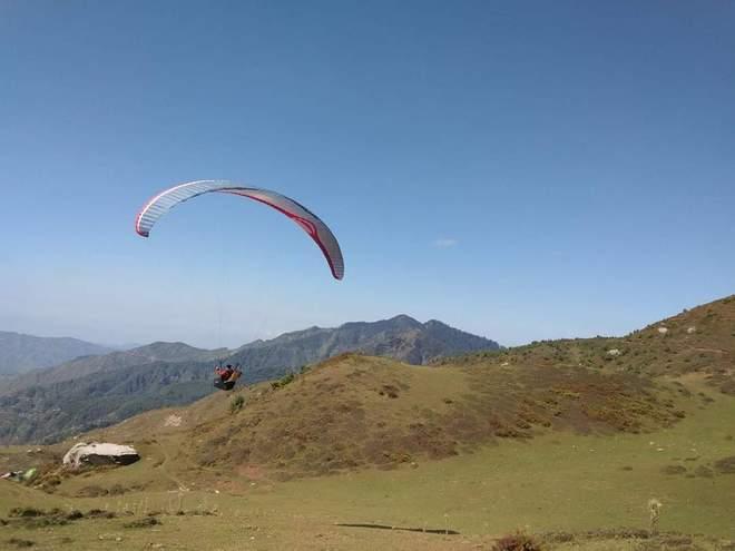 Mandi to emerge as new paragliding destination