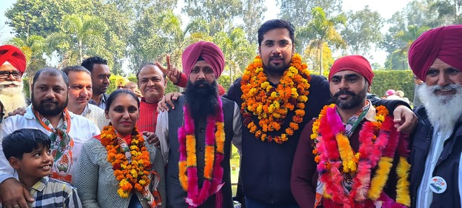 Banga delivers hung council, BJP manages just 1 seat