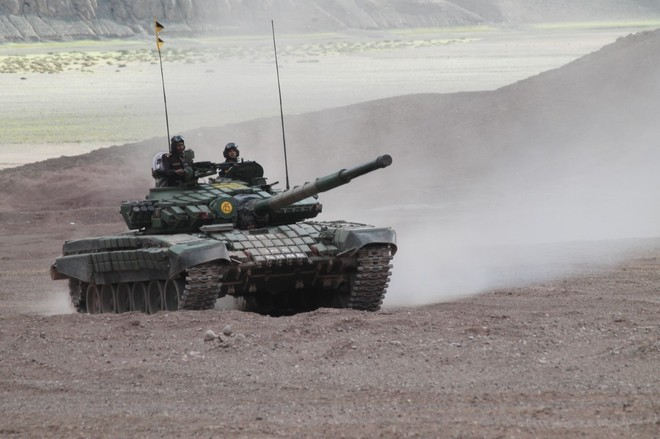LAC disengagement: Tanks to shift 20 km from pullback site