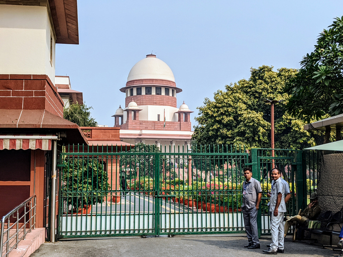 SC frowns upon govt sitting over Collegium's recommendations