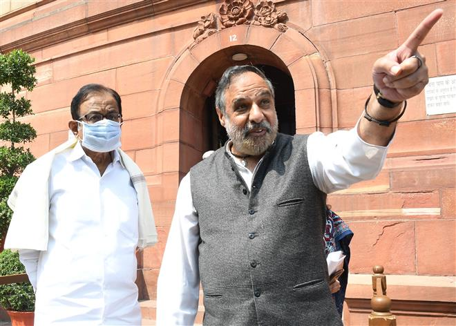Cong leader Anand Sharma slams party's tie-up with ISF in West Bengal