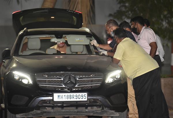 Number plate of SUV near Ambani home found hidden in Sachin Vaze's Mercedes: NIA