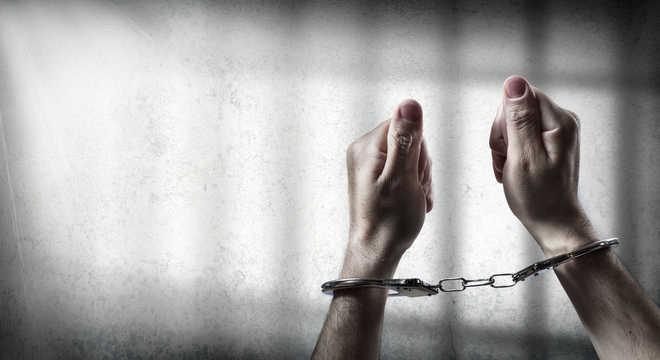 Delhi: 3 Bangladeshi nationals held in dacoity case