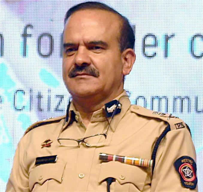 Why you didn't approach police against Deshmukh? HC asks Param Bir Singh