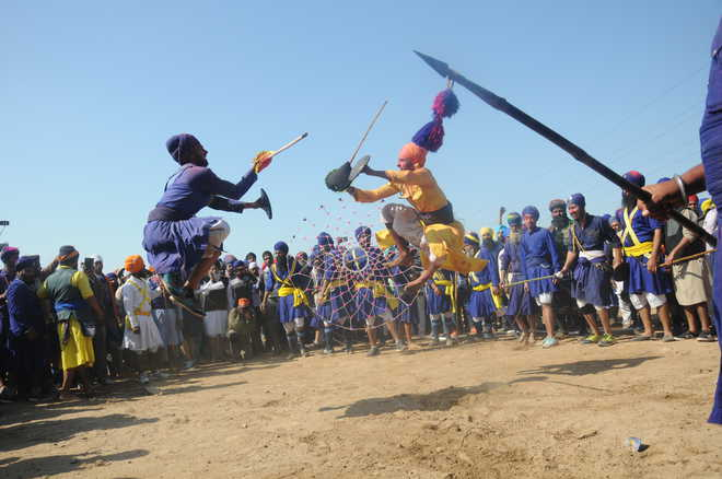 Hola Mohalla begins in Kiratpur Sahib; Covid -ve report must for foreigners