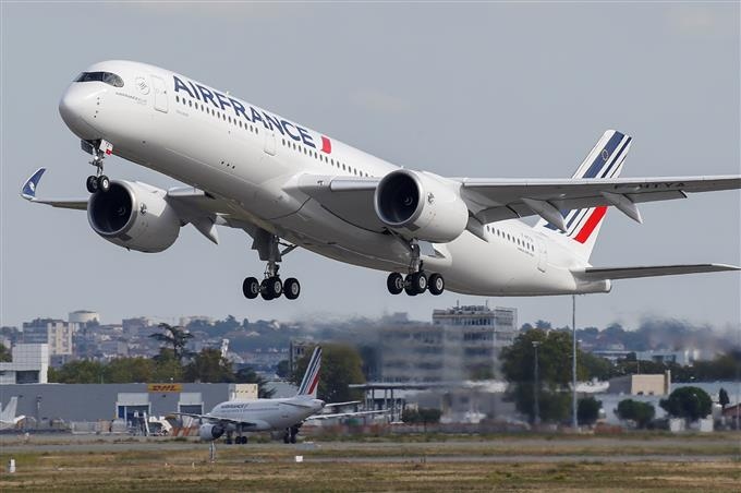 'Rowdy' Indian passenger forces Air France flight to make emergency landing in Bulgaria