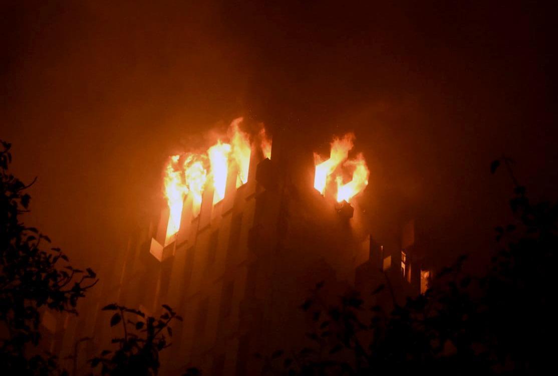 4 firefighters, Inspector among 7 dead in Kolkata railways building fire