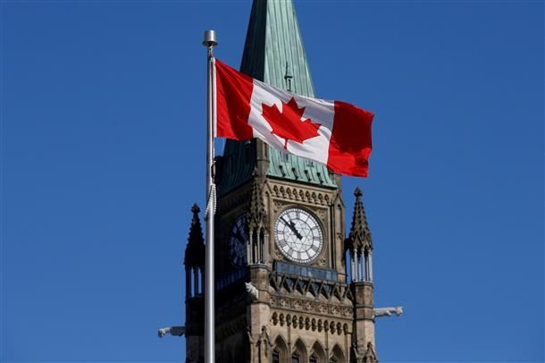 Canada's economy worst on record since 1961