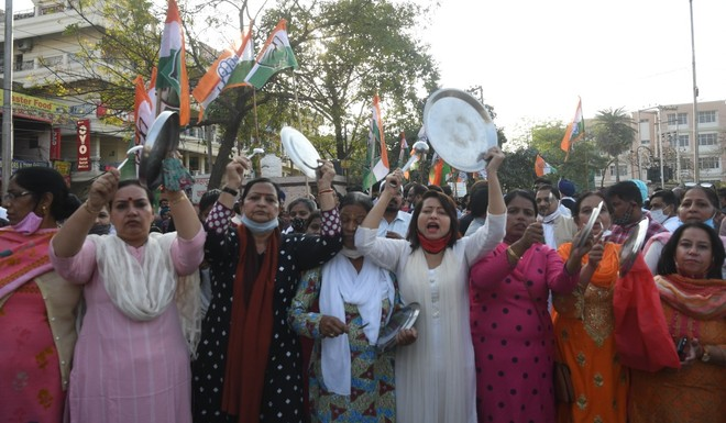 Congress protests water tariff hike in Chandigarh