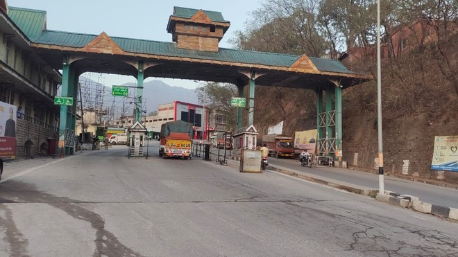 Himachal suffers 50 pc revenue loss as collections at toll barriers take a hit