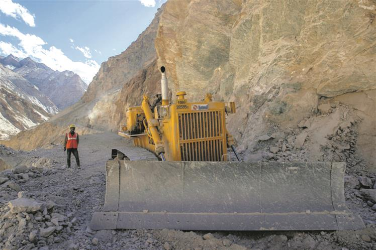 Another 6,700-km roads to come up along LAC