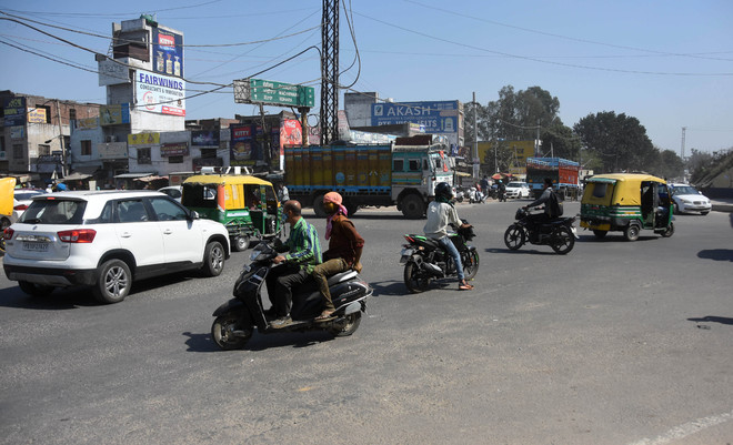 Mishap-prone Sahnewal Chowk in Ludhiana cries for attention