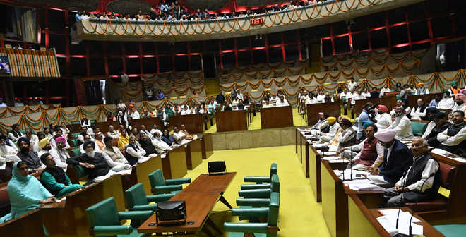Punjab session to be stormy affair; Cong, Opposition draw battle lines
